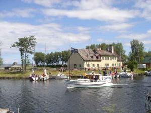Obóz żeglarski w Nowej Pasłęce. Zdjęcie ze strony domrybaka.com